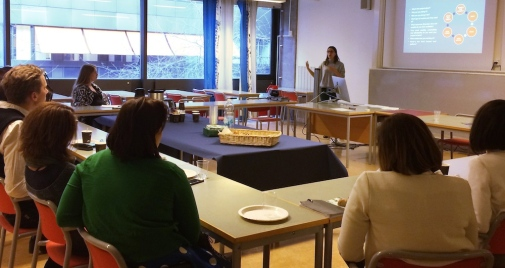 Laura Aguiar speaking at the Alumni event at JMK on March 17, 2017. Photo: Birgitta Fiedler